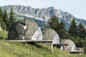 Whitepod-Eco-Luxury-Hotel-helparredo 3