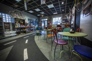 sandy_-bikecafe_Pinerolo_Torino_helparredo