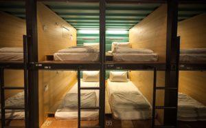 Capsule Hotel malesia idee curiosità hotels trend aeroporti design concept arredamento helparredo
